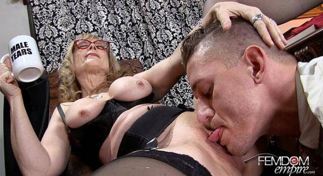 Female Domination - Pussy Licking Boy Toy [FullHD, 1080p]