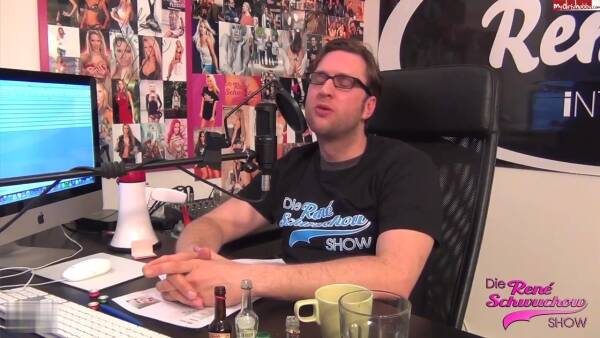DR$-Unzensiert : MDH : BellaBlond zeigt uns ihre Vagina