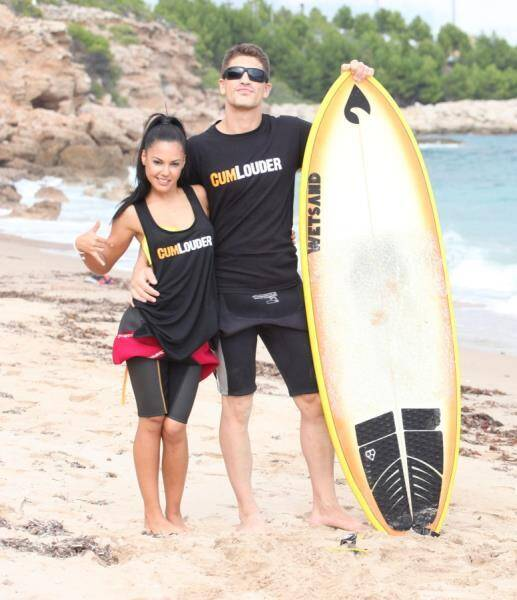 StreetSuckers.com/CumLouder.com - Apolonia Lapiedra - Apolonia surfs with Bruce Venture (Teen) [SD, 540p]