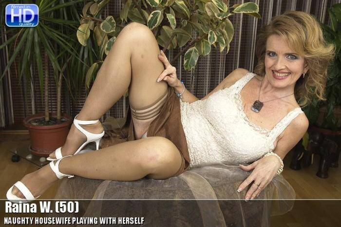 Mature.nl - Raina W. (50) (Solo) [SD, 540p]