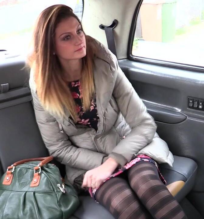 Sex in Taxi - Eva Johnson - E306 Cum hungry babe with stiff nipples  [HD 720p]