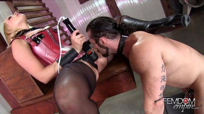 Female Domination - It's All About Me (Ass Worship) [SD, 432p]