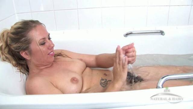 ATKHairy.com - Elle Macqueen - Bathing [FullHD, 1080p]