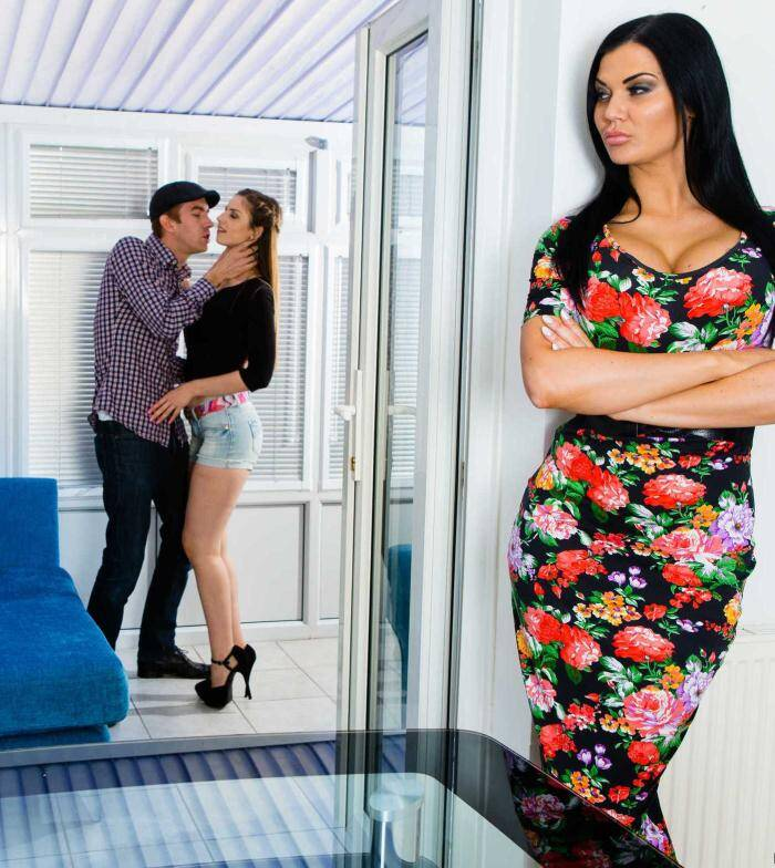 Moms Control - Jasmine Jae, Stella Cox - Bringing Stepsiblings Closer Together  [SD 480p]
