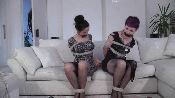 Helena, Lavinia, Elle - Loving This (BondageChronicles.com) [HD, 720p]