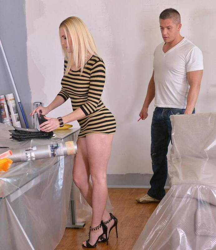 Hands Hardcore - Lili - Handyman Fucking Zone - Blonde New Face Gets Banged Hardcore  [HD 720p]