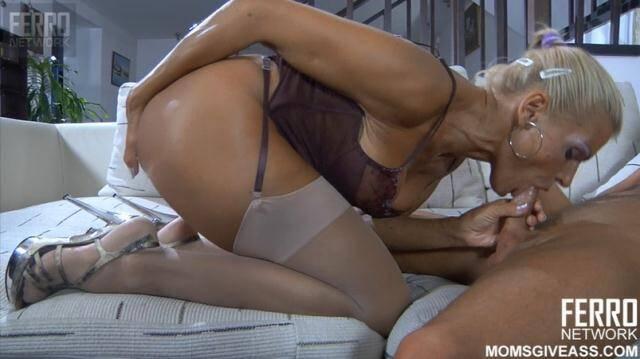MomsGiveAnal - Hannah - Hannah Big Tits Blond MILF Anal [HD 720p]