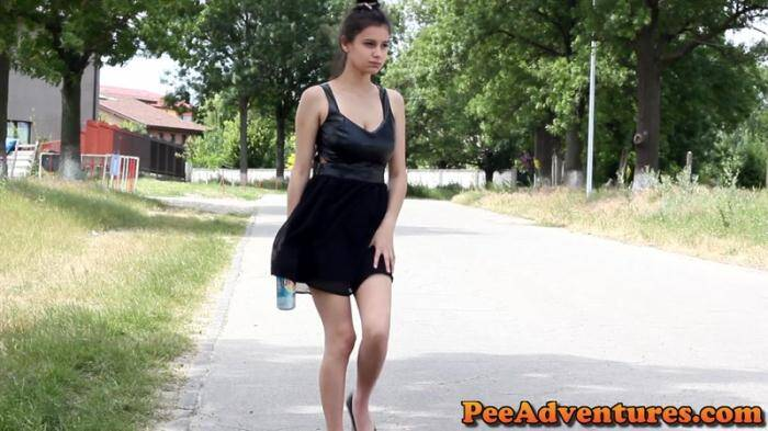 PeeAdventures.com - Sexy pee in high heels and a short dress! (Pissing) [FullHD, 1080p]