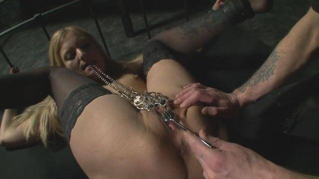 DS Dorn - To enjoy pain - part 02 [HD, 720p]