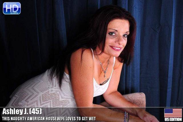 Mature.nl/USA-mature.com - Ashley J. (45) - Solo [SD, 540p]
