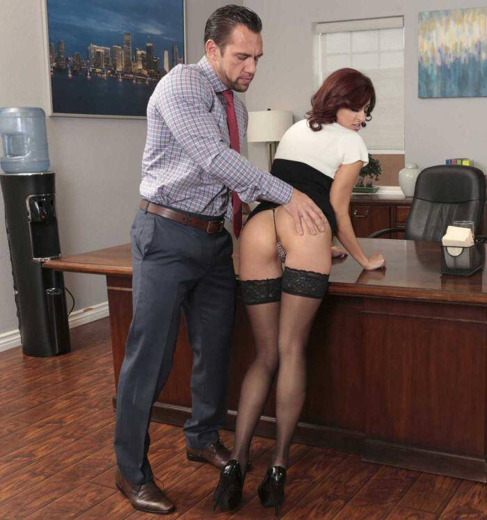 Office - Shavelle Love - Latina Porn  [HD 720p]