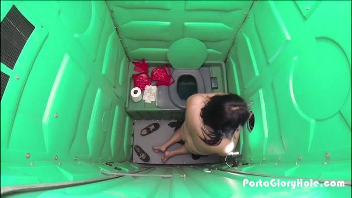 PortaGloryhole.com - Scarlet (Blowjob) [SD, 540p]