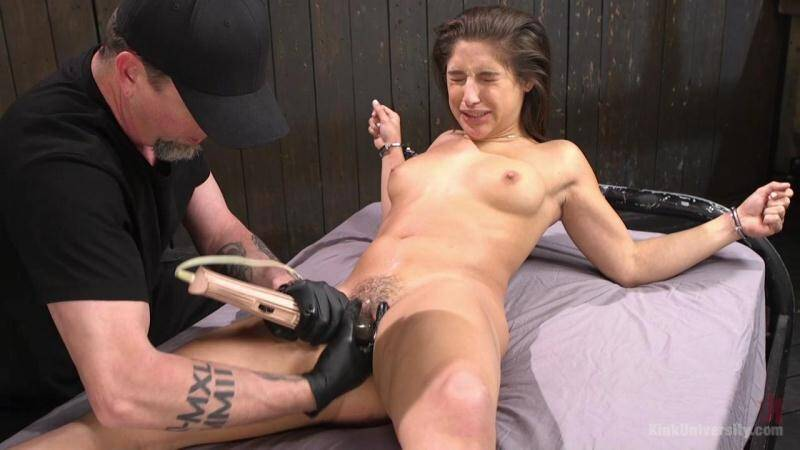 KinkUniversity.com: Abella Danger, Danarama and The Pope - Bondage [SD] (310 MB)