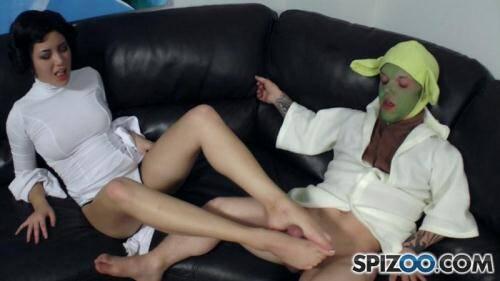 PervertCollege.com [Daisy Haze - Yoda Footjob] FullHD, 1080p)