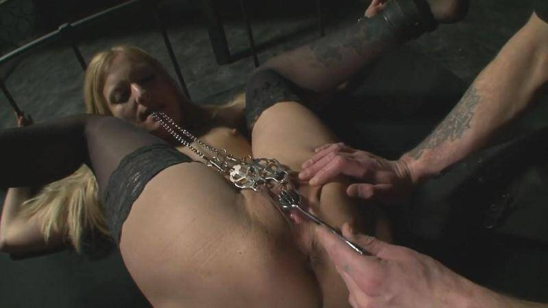To enjoy pain - part 02 [HD] - Der-Schwarze-Dorn