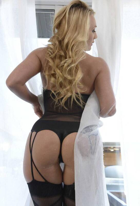 Wet Butts - AJ Applegate - Bodystocking Butt  [SD 480p]