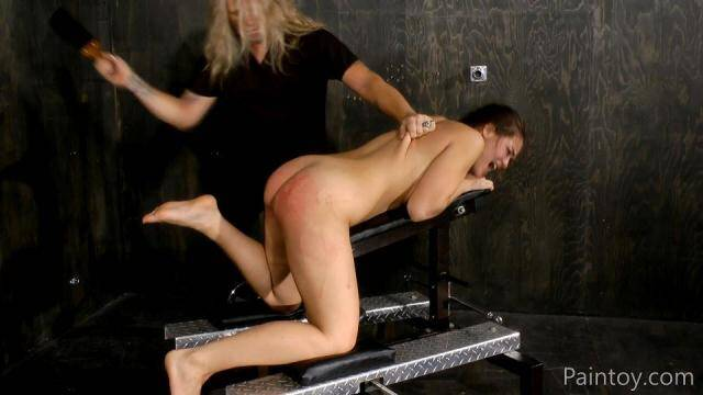 Paintoy.com - Kiki Sweet - Ass all bruised and welted [FullHD, 1080p]