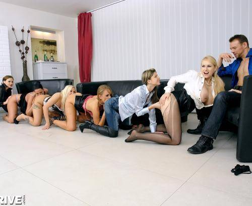 SDrive - Simony Diamond,�Ivana Sugar, Gina Gerson,�Tina Kay, Angel Wicky,�Jarushka Ross� [The Lustful 6 - Welcome To Lezzy Land!] (HD 720p)