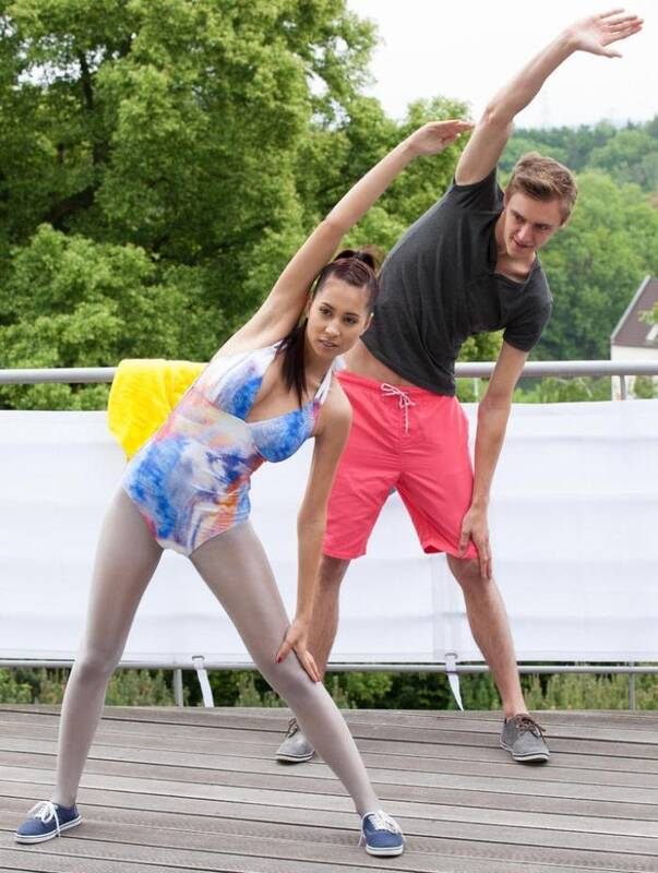 Relaxed - Paula Shy - Fitness instructor Paula Shy blows Daniel during outdoor exercises  [FullHD 1080p]