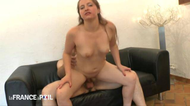 NudeInFRANCE, LaFRANCEaPoil - Casting couch of a frustrated housewife who gets analized [HD, 720p]