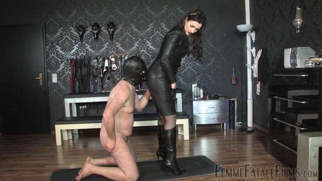 FemmeFataleFilms - Kiss My Leather [HD, 720p]