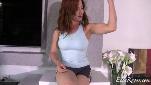 Worship My Muscles, Loser! [FullHD, 1080p] [Ellakross.com] - Femdom