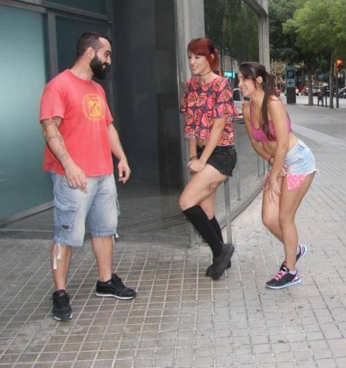 Chicas and Loca - Nikkie Litte, Lilyan Red [Latina sluts Nikkie and Lilyan masturbate on toilet seats] (FullHD 1080p)