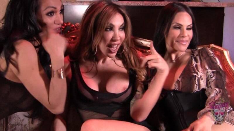 Foxxy, Eva Paradis & Jessy Dubai - Shemale on shemale [HD] - TS-Foxxy