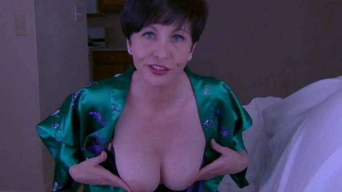 Clips4Sale.com - Let Mommy Help You (Incest) [HD, 720p]