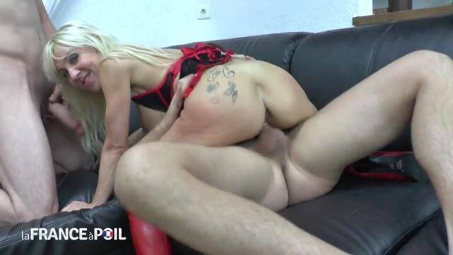 NudeInFRANCE, LaFRANCEaPoil - Gorgeous big titted squirt mom fucked hard in threesome before swallowing hot cum [HD, 720p]