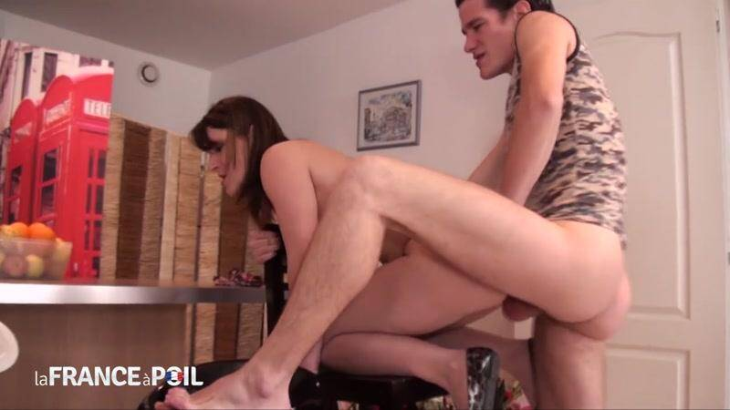Melody gets anal fucked by big cock of the mechanic ! [HD] - NudeInFRANCE, LaFRANCEaPoil