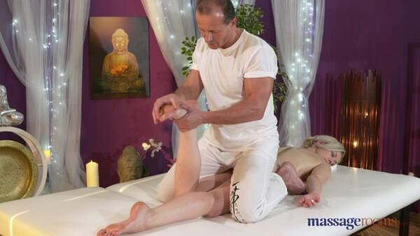 Massage - Linda Summer - George on Linda [SD 540p]