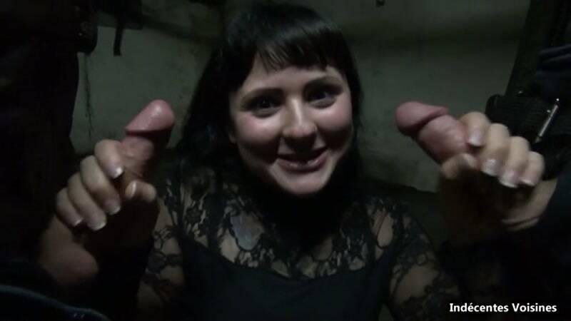 IV: Romane, 23 ans, baisee dans le bureau de son pere au garage ! [SD] (426 MB)