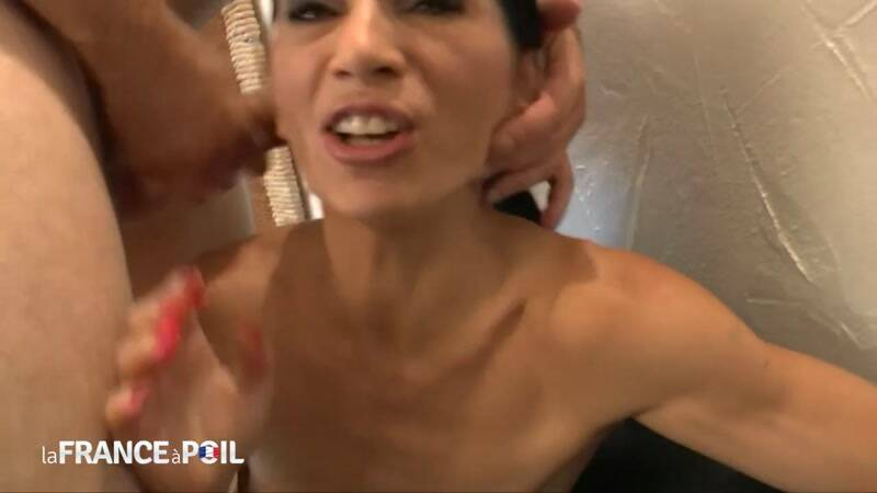 LaFRANCEaPoil.com/NudeInFRANCE.com: Skinny mature Linda hard banged - MILF [HD] (520 MB)