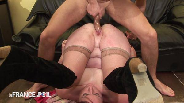 BBW cougar Katia, 44 yo, gets analized, fisted and double penetrated (NudeInFRANCE.com/LaFRANCEaPoil.com) [HD, 720p]