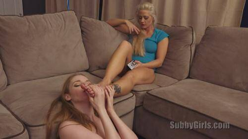 Tending To Her Feet [HD, 720p] [SubbyGirls.com] - LezDom