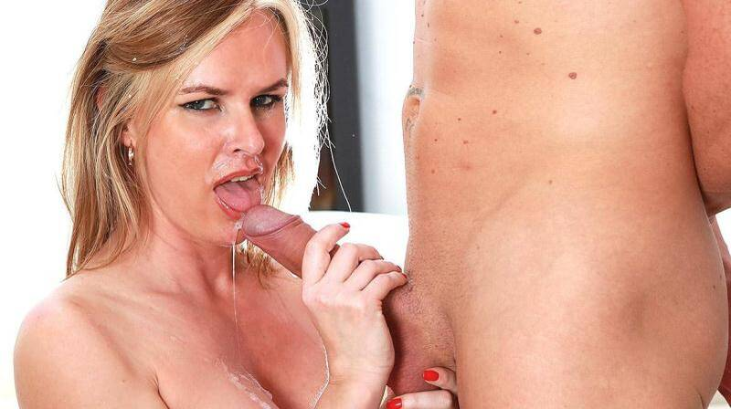 Experienced Cougar Summer Rose Gets a Big Facial [HD] - Private