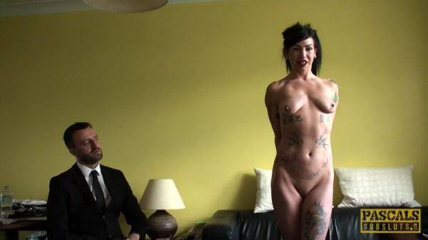 Jakki-Louise Takes a tiddle (FullHD 1080p)