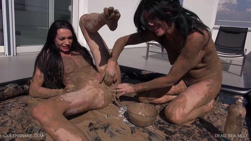 EXTREME PORN: D3AD S3A MUD [HD] (1.22 GB)