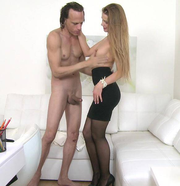 Agent: Agents wild fuck with American stud [SD] (213 MB)
