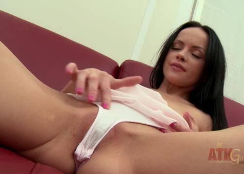 Angelina - Solo (2016/FullHD)
