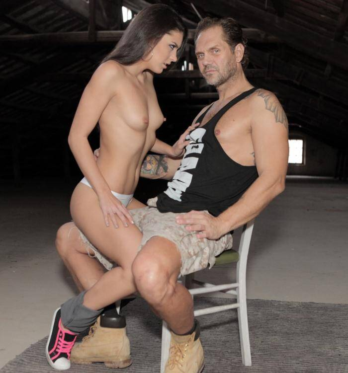Evi1 - Lucia Nieto - Nachos Fucking Warehouse, Scene 3  [HD 720p]
