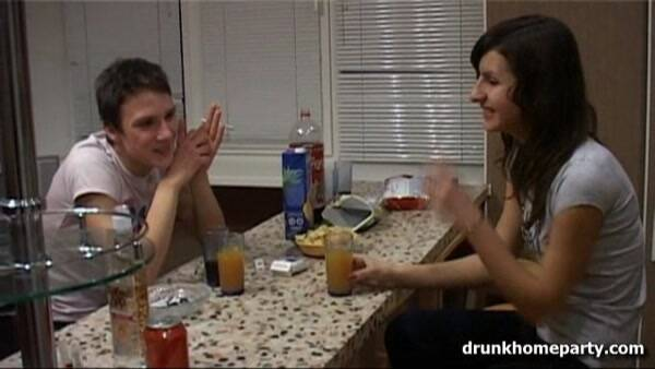 4.An evening event at home ends up with a fuck [SD, 360p] - Drunkhomeparty.com