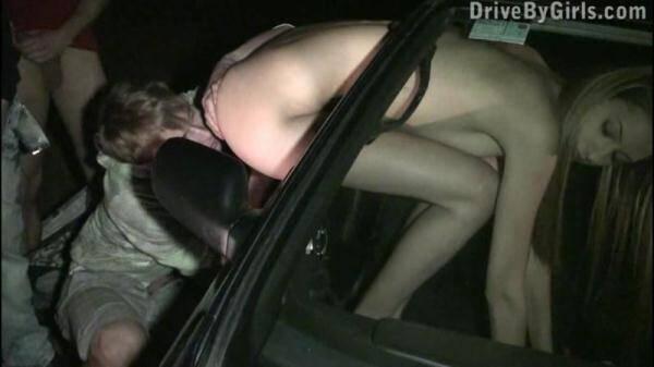DriveByGirls.com: Mirror, mirror on the car (01.03.2016/SD)