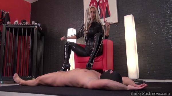 KinkyMistresses.com: Aileen Taylors boots slave (2016/HD)