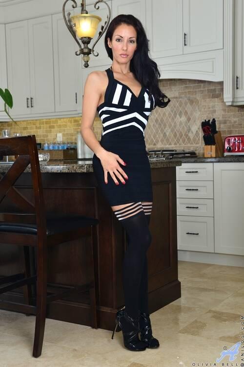Anilos - Olivia Bell - 4v Sultry beauty  : Anilos.com [2016 FullHD]
