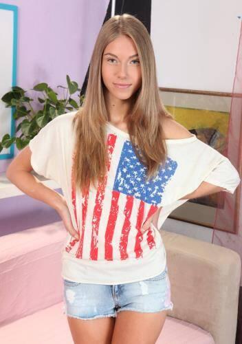 Pretty Girl - Snejanna (SiteRip/TeenPornStorage/HD720p)