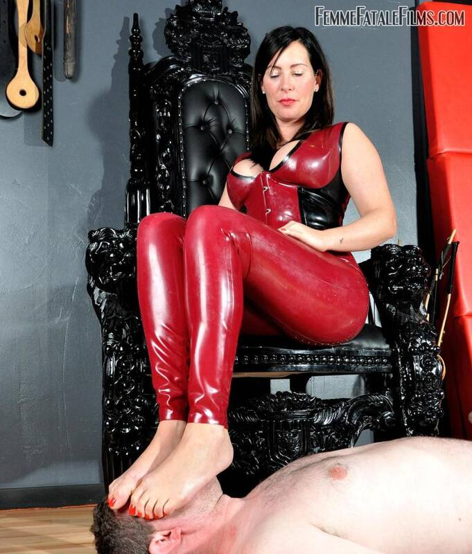 Mistress Charlotte - Foot Heaven [HD] - FemmeFataleFilms