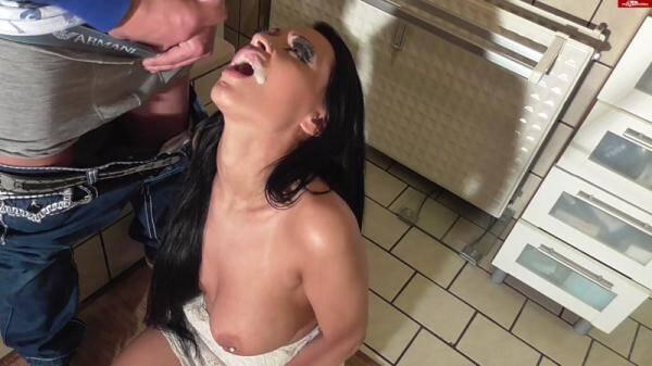 Jacky L - Promi Spermaraub - Frecher geht nicht! (�razy Dirty Sex) [FullHD, 1080p]