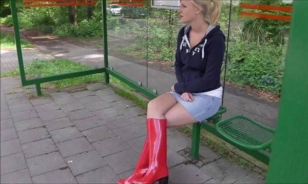 Geiler Gummistiefel Outdoor Fick (Public Sex) [FullHD, 1080p]